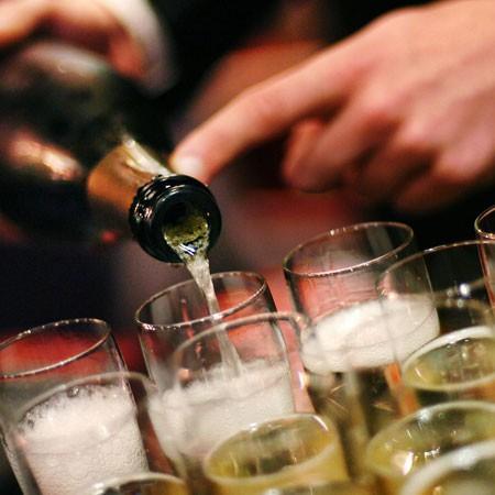 Cantal Vins vous accompagne à l'occasion de vos événements festifs